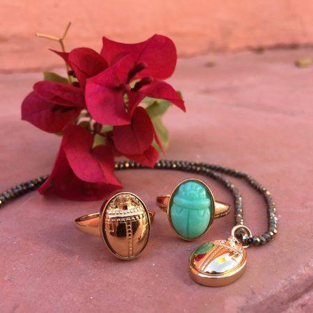 Collier Scarabée doré et pyrite